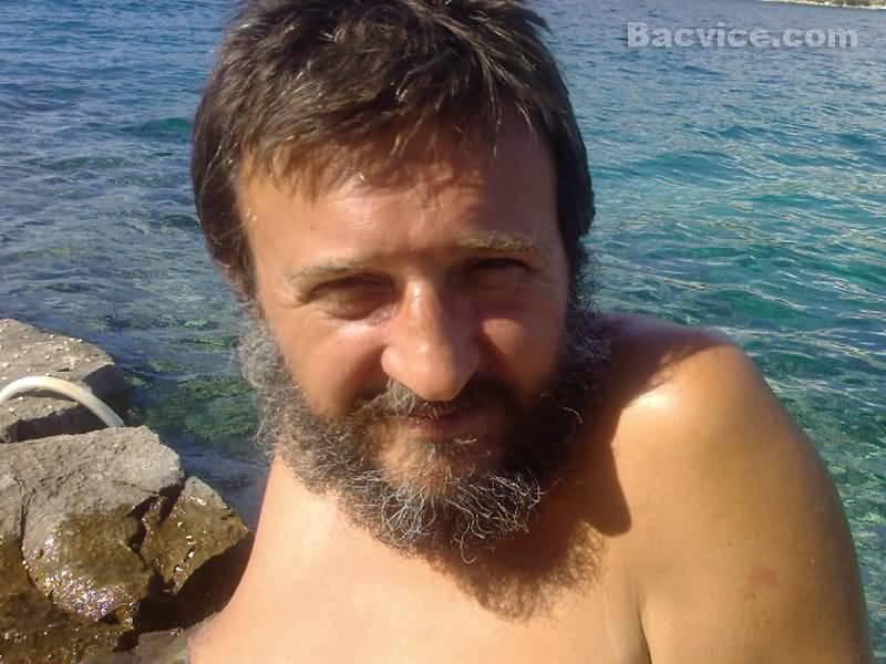 Goran Rušinović i Rubi odmaraju na otoku Drvenik Veli