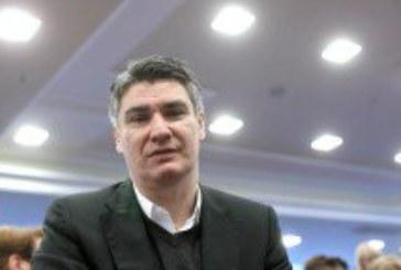 Premijer Milanović u novogodišnjoj poruci pozvao na jedinstvo i slogu