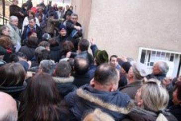 Gužve u Mostaru zbog birača koji se nisu aktivno registrirali
