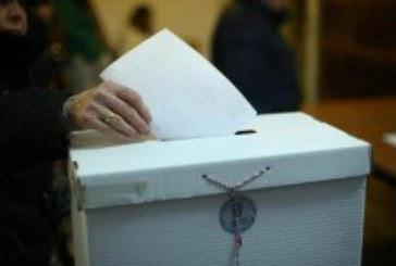 Otvorena birališta: Hrvatska danas odlučuje!
