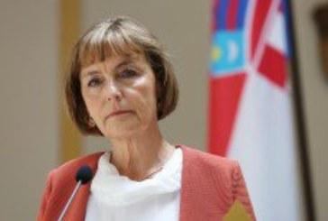 Vesna Pusić održala izvanrednu konferenciju za medije