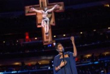 Kad je Papa u Americi, na misi pjevaju svjetske dive!