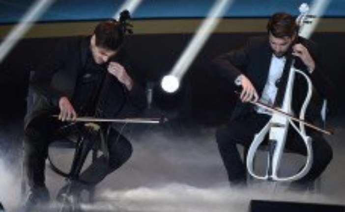 Wings for life 2016, Passion for life, 2Cellos